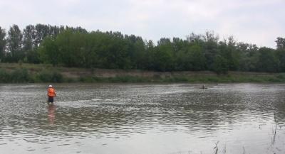 На Буковині рятувальники знайшли тіло хлопця, який зник безвісти на річці