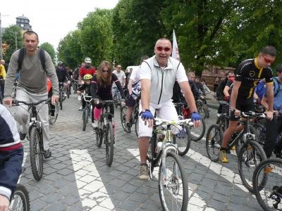 У Чернівцях 25 серпня влаштують нічний велопробіг головними вулицями міста