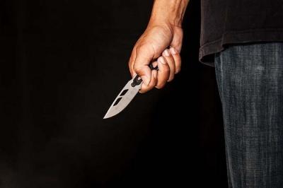 Солдат з Чернівців напідпитку поранив колегу ножем: суд оштрафував його на значну суму