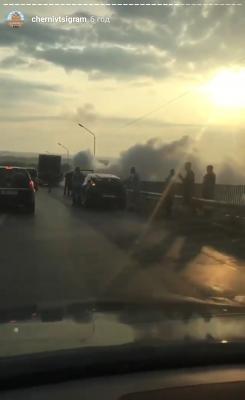 На об'їзній біля Чернівців дотла згорів легковик: назвали причину пожежі
