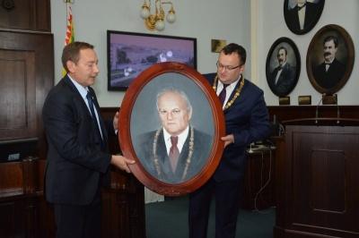 Продан пропонував демонтувати портрети бургомістрів Чернівців із сесійної зали, - Каспрук