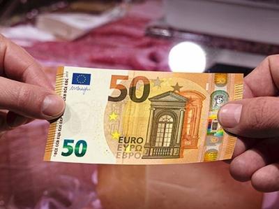 На Буковині водія «євробляхи» оштрафували на значну суму за спробу дати хабар