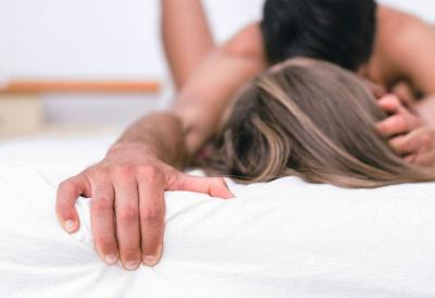 Десять недуг, які вилікує секс