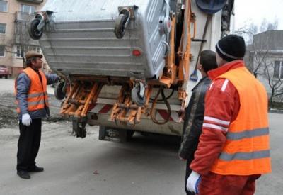 У Чернівцях виконком сьогодні може підняти вартість тарифу за вивезення сміття