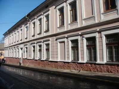 ТОП-10 «найкращих» шкіл Чернівців за результатами ЗНО