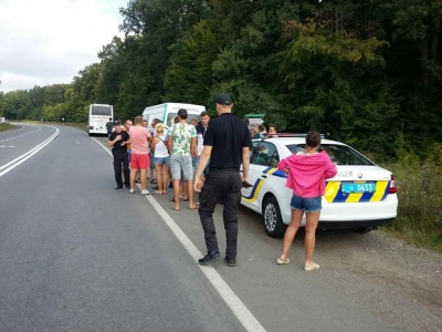 На Буковині оштрафували польського перевізника: водій підбурив пасажирів, щоб перешкоджали роботі інспекторів