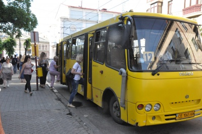 Стало відомо, коли у Чернівцях можуть відновити маршрутки №11, 12
