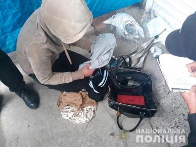 Затримання біля СІЗО і відмова від пільгових перевезень. Головні новини Чернівців за 13 вересня