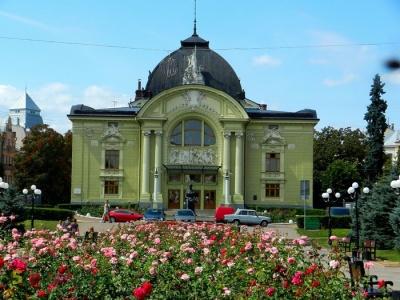 Сьогодні у Чернівцях відкриття 88-го театрального сезону
