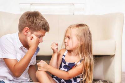 4 поради, як уникнути ревнощів між дітьми