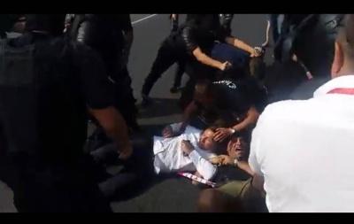 Мітинг за об'єднання Молдови з Румунією переріс у сутички з поліцією