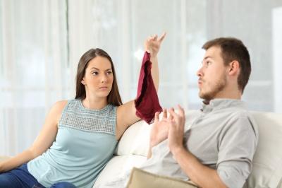 Що чоловіки і жінки розцінюють як зраду: дослідження
