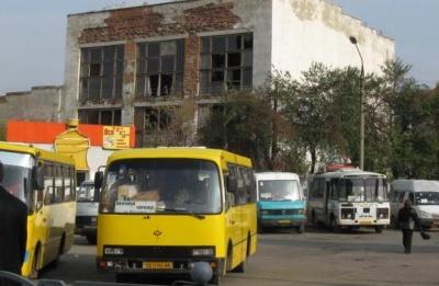 У Чернівцях хочуть реконструювати автостанцію на Дріжджзаводі: оголосили конкурс