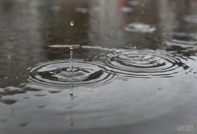 Завтра в Україні почнеться похолодання, місцями пройдуть дощі з грозами