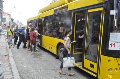 Чому люди не йдуть працювати водіями тролейбусів. Блог Мостіпаки