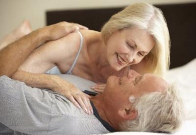 Скільки разів на тиждень потрібно займатися сексом у 20, 30 і 50 років: відповідь експерта