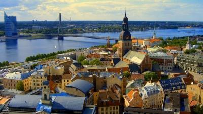 Експеримент у Литві: компанії скоротили робочий час, залишивши колишню зарплату