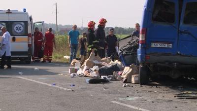 У моторошній ДТП в Коломиї загинула ціла сім'я з Чернівців - фото, відео