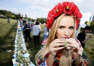 Експерти назвали причини здорожчання українського сала