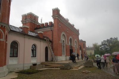 Поетичні читання в синагозі: літературний бомонд відвідав Садгору - фото
