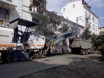 У Чернівцях через ремонтні роботи на вулиці Ірини Вільде обмежили рух транспорту