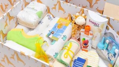 У мерії Чернівців повідомили, коли матерям почнуть видавати «пакунки малюка»