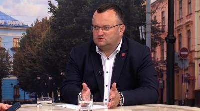 Каспрук не жалкує, що не пішов у нардепи, бо мером Чернівців став би Михайлішин