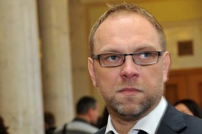 Нардеп Власенко обіцяв не гальмувати призначення перевиборів у Чернівцях, - Бурбак