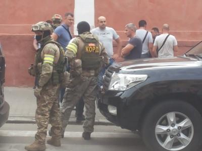 Назвали ймовірну причину затримання 5 осіб у центрі Чернівців