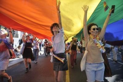 Парад ЛГБТ у Сербії відвідали прем'єр і мер столиці