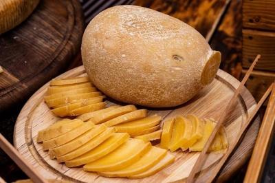У Чернівцях хочуть виготовити найбільший сир в Україні