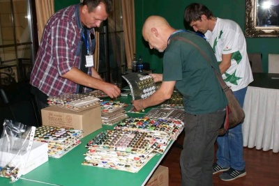 У Чернівцях відбулася зустріч колекціонерів пивної атрибутики - фото