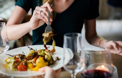Шість продуктів, які краще не їсти на вечерю