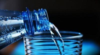 Як перевірити якість питної води в домашніх умовах: тести