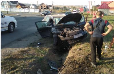 Хабар митника та водій, що врізався у стовп. Головні новини Буковини за 18 вересня