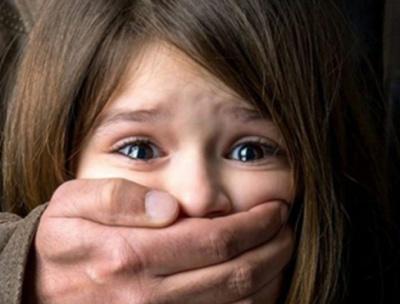 У Чернівцях невідомий чіплявся до 6-річної дівчинки: поліція спростовує чутки про маніяка