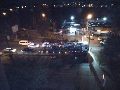Смертельное ДТП на Гравитон: люди перекрыли дорогу, требуют обнародовать видео с регистратора - видео