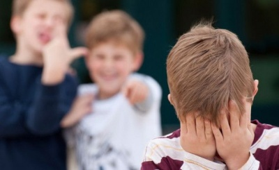 Що робити, якщо над дитиною знущаються у школі: розповіли буковинські юристи