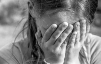 На Сумщині репетитор розбещував неповнолітню ученицю