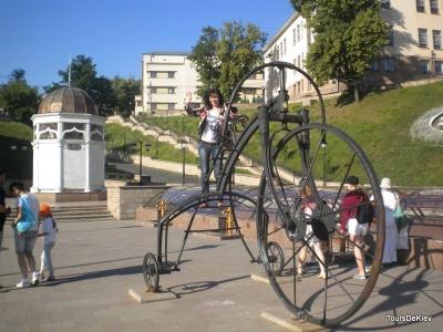 Безкоштовні музеї та екскурсії: у Чернівцях відзначатимуть День туризму
