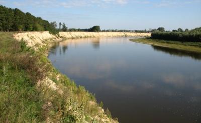 Буковинець незаконно використовував землю водного фонду
