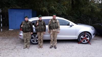 На буковинському кордоні виявили позашляховик, якого цілий рік розшукував Інтерпол