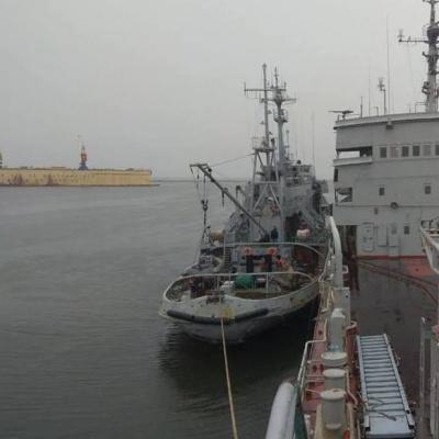 ВМС повідомили про спроби провокацій з боку росіян поблизу Маріуполя