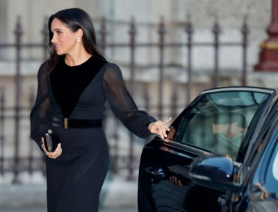 Меган Маркл вийшла в світ в елегантній сукні за 3300 доларів