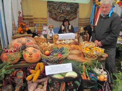 На ярмарок «Буковинська осінь» безкоштовно возитимуть автобуси