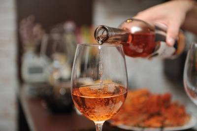Вживання алкоголю викликає сім видів раку