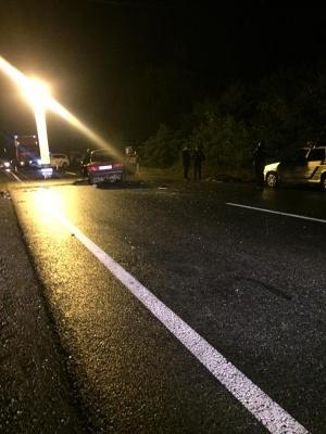 На Буковині «Жигулі» врізались у «бус», водій легковика загинув