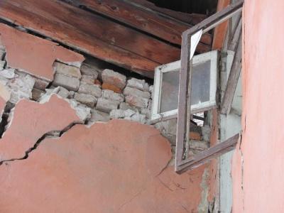 У Чернівцях почнуть зносити аварійні будинки: Бешлей розповів, коли та які