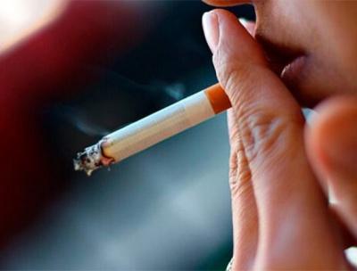 Українці стали менше курити