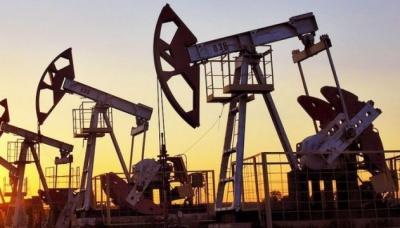Нафта трохи дешевшає після різкого зростання напередодні